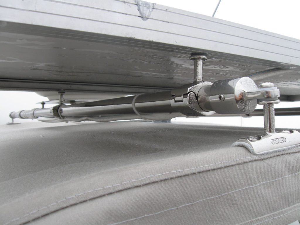 Gemini Marine Products concave post rail mount under solar panel