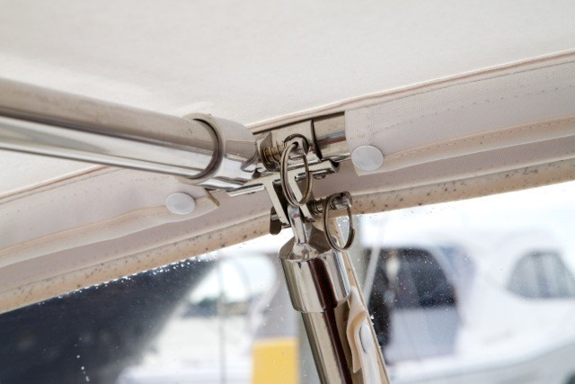 Gemini Marine Products concave fork mounts with quick release pins.